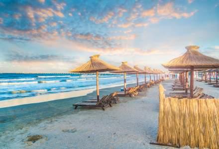 De la 1 iunie, pe plajele concesionate se merge cu rezervare, dacă sunt aglomerate accesul este interzis