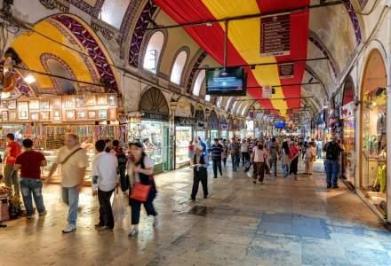 Coronavirus: Turcia relaxează majoritatea restricţiilor. Marele Bazar, redeschis
