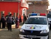 11 politisti din comuna...