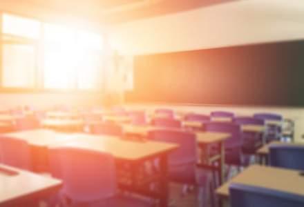 Eurostat: Rata de părăsire timpurie a școlii în România s-a redus la 15,3% în 2019, de la 19,1% în 2015.