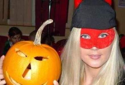 """Afacerea Halloween: cum se pregatesc bucurestenii de """"noaptea groazei"""", cu sau fara costume infioratoare"""