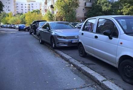 Vehiculele abandonate pe spațiul public vor fi ridicate după 6 luni