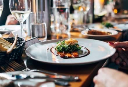 Orban: Deschiderea restaurantelor în spaţii închise este prematură și poate să ducă la o creştere a numărului de infecţii