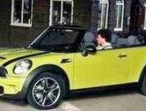 Noul Mini Cabrio va fi...