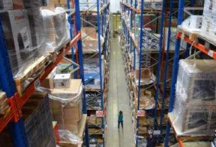 """Batalia depozitelor: """"magia"""" din spatele sutelor de mii de produse stivuite la eMag si PCGarage"""