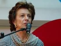 Neelie Kroes,...