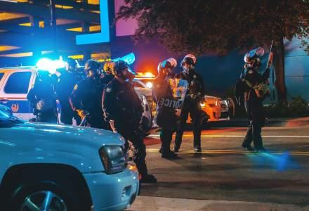 Încă un bărbat de culoare a fost omorât de polițiștii din Statele Unite. Şefa poliţiei din oraşul Atlanta a demisionat