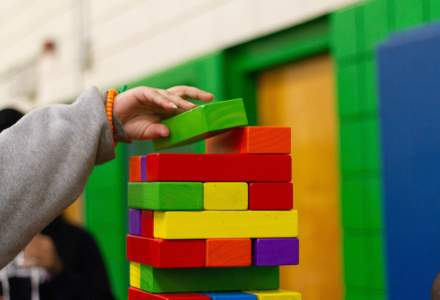 Regulile pentru creșe, grădinițe și after school-uri: triaj epidemiologic, spațiu de 4,5 metri pătrați pentru fiecare copil în încăpere, spălarea zilnică a jucăriilor