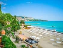 Pe litoralul bulgăresc, cu...