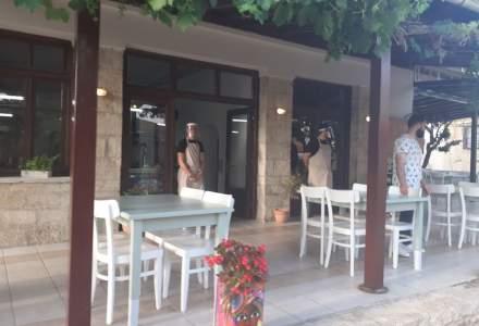 FOTO-VIDEO REPORTAJ   Cum arată tavernele din Grecia