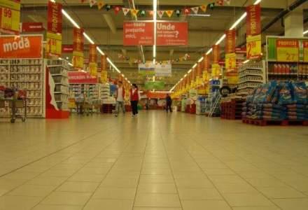 """Retailerii """"vedeta"""" din 2013: cine a obtinut cele mai mari cresteri de venituri"""