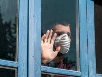 15 români care au fugit din...