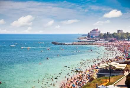 Au crescut prețurile pe litoral? O turistă spune că a cheltuit 2.500 de euro la Mamaia