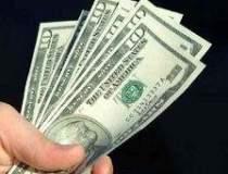 Dolarul - Un maxim al ultimei...