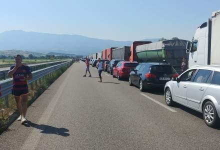 Cozi de kilometri s-au format la punctul de trecere Kulata-Promachonas de la frontiera dintre Bulgaria și Grecia