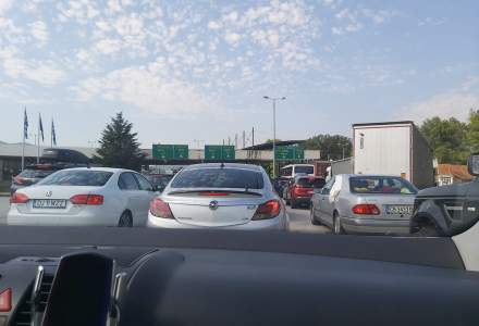 FOTO Cum se desfășoară traficul la vama Kulata din Grecia. În continuare românii stau la cozi kilometrice
