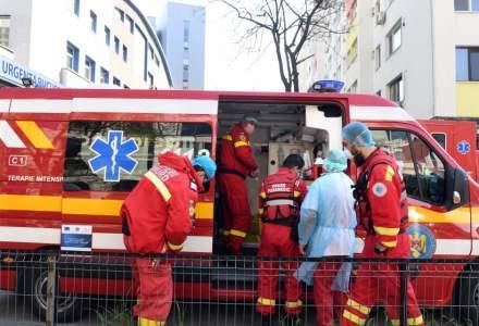Un bărbat infectat cu SARS-CoV-2 şi care a refuzat internarea a decedat acasă. Un caz identic s-a petrecut la Galați