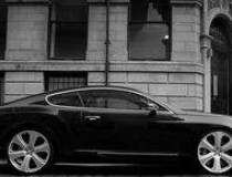 Bentley suspenda productia in...