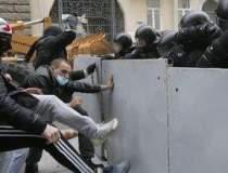 """""""Kiev, trezeste-te!"""" Zeci de..."""