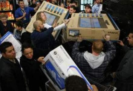 MediaIQ: Primul val de Black Friday a generat cu 65% mai mult buzz in online-ul romanesc decat cel de-al doilea