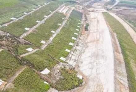 Alunecare de teren pe autostrada A10 Sebeș-Turda: un deal s-a prăbușit
