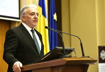 Procesul în care CNSAS l-a reclamat pe Mugur Isărescu că a colaborat cu Securitatea începe pe 18 septembrie