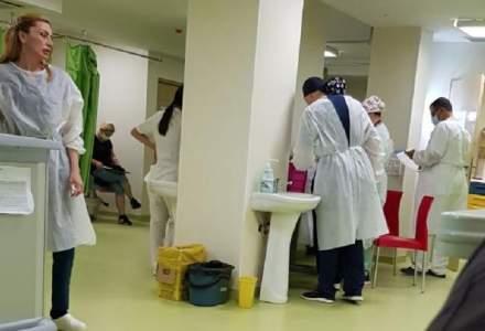 Imagini revoltătoare. Asistentă medicală de la UPU Craiova, fără mască în spital