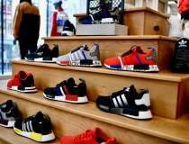 Adidas a pierdut aproape 400...