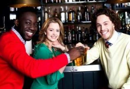 Bar amendat cu 9.000 de euro, dupa ce un client a returnat paharele. Acuzatia: munca la negru