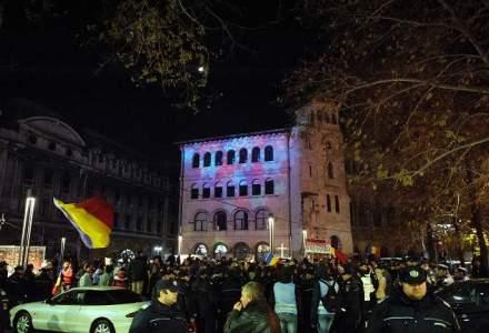 Protest in Capitala: mii de persoane au iesit in strada si isi striga nemultumirile