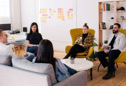 (P)Ținuta pentru succes: cum te îmbraci pentru o întâlnire de afaceri?