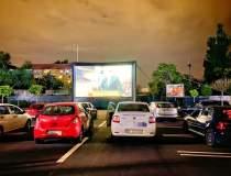 Festivalul de filme drive-in...
