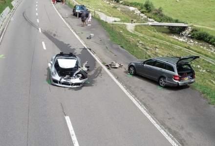 Accidentul de 3.400.000 de euro: Un Bugatti Chiron și un Porsche 911 s-au ciocnit pe o șosea din Alpii Elvețieni