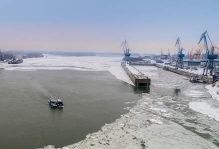 Brăila: Circa 30 tone de azotat de amoniu, stocate necorespunzător într-un depozit din zona portului