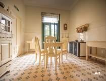 Casa Darvas - La Roche din...