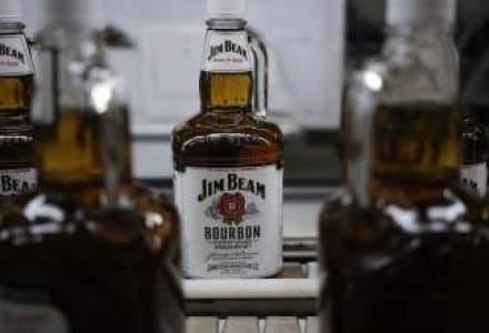 Tranzactie gigant: un grup japonez preia whisky-ul Jim Beam pentru 13 MLD. $