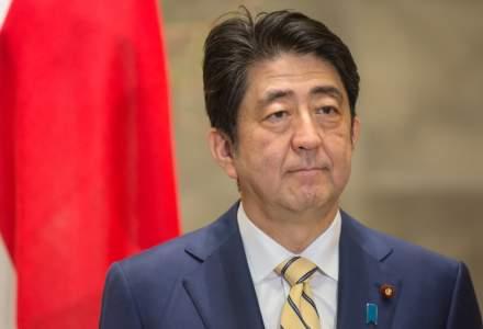 Japonia: Premierul Shinzo Abe a demisionat din motive de sănătate. In 2018, românii i-au cerut scuze premierului japonez