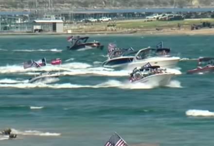 VIDEO Mai mult ambarcaţiuni s-au scufundat în timpul unei parade pro-Trump