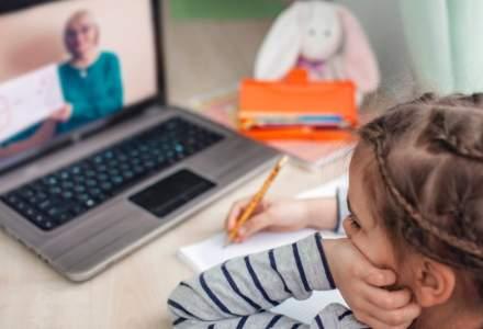 Regulile pentru orele cu predare online au fost publicate în Monitorul Oficial. Ce trebuie să știe părinții și elevii