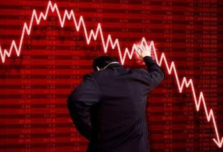 """Cod rosu"" in piata asigurarilor din 2014: estimari de la -2% la +3%"