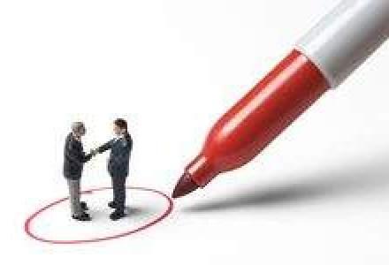Romanii pot primi un salariu lunar minim de 743 euro pentru un job de ingrijitor, in Cipru
