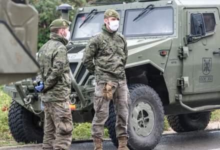 Armata patrulează pe străzile din Madrid după ce a fost reintrodusă carantina, ca urmare a creșterii alarmante a cazurilor de COVID-19