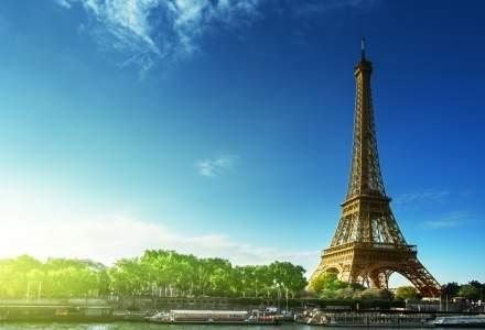 Turnul Eiffel a fost redeschis după ce a fost evacuat în urma unei ameninţări cu bombă