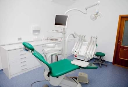 Cinci companii medicale, amendate cu 456.000 lei pentru discounturi maxime la produse dentare
