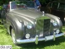 Rolls-Royce-ul lui Brigitte...