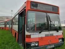 FOTO | Un autobuz scos din...