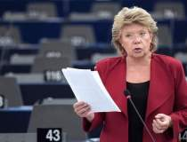 Viviane Reding: Romii sunt o...
