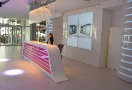Cea mai noua cladire Deutsche Telekom: incursiune inedita in biroul de unde seful Romtelecom a supervizat operatiunile din Macedonia