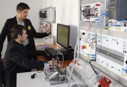 Tenaris Silcotub a investit un sfert de milion de dolari intr-un laborator de electronica si automatizari pentru elevii din Zalau