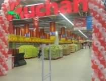 Auchan mai deschide un...